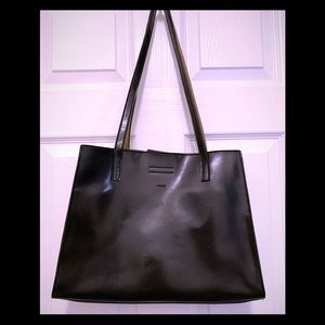 Mondani black leather tote handbag